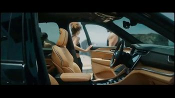 Jeep Grand Cherokee L TV Spot, 'Every Competitor' [T1] - Thumbnail 6