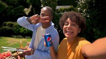 Pepsi TV Spot, 'Mejor con Pepsi: Family BBQ' [Spanish] - Thumbnail 2