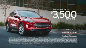 Ford Memorial Day Sales Event TV Spot, 'Fire Up the Grill' [T2] - Thumbnail 8