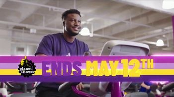 Planet Fitness TV Spot, 'Best Deal Ever: One Time Deal: First Month Free' Song by Rick James - Thumbnail 2