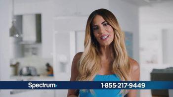 Spectrum Internet TV Spot, 'Conecta con tu mundo: $49.99 dólares' con Gaby Espino [Spanish] - Thumbnail 6