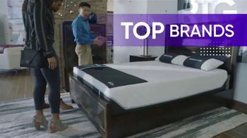 Rooms to Go TV Spot, 'Bring Home a Better Night's Sleep' - Thumbnail 3