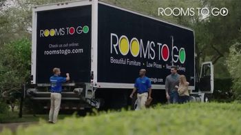 Rooms to Go TV Spot, 'Bring Home a Better Night's Sleep' - Thumbnail 9