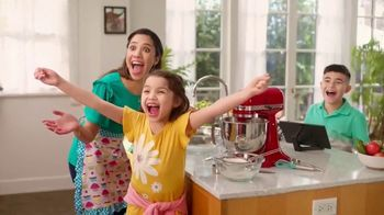 Kohl's TV Spot, 'Mother's Day: Jewelry: 60% Off' Song by Oh, Hush! - Thumbnail 5
