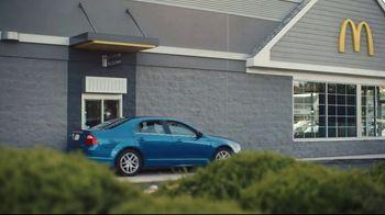 McDonald's TV Spot, 'Breakfast Smells Too Good to Wait: Breakfast Sandwich $2 Bundles' - Thumbnail 2