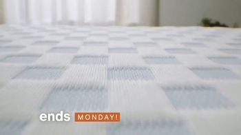 Ashley HomeStore TV Spot, 'Lowest Prices of the Season: Put Your Sleep Issues to Bed' - Thumbnail 5