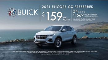 2021 Buick Encore GX TV Spot, 'So You: Wireless' Song by Matt and Kim [T2] - Thumbnail 8