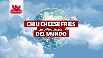 Wienerschnitzel Chili Cheese Fries TV Spot, 'Chili Cheese Fries de alrededor del mundo' [Spanish] - Thumbnail 1