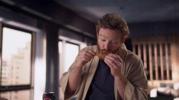 Pepsi Zero Sugar TV Spot, 'Better With Pepsi: Fried Chicken' - Thumbnail 7