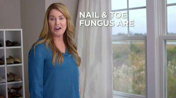 Opti-Nail 2-in-1 Fungal Nail Repair TV Spot, 'Nail and Toe Fungus' - Thumbnail 2