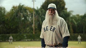 Jim Beam Highball TV Spot, 'Cerveza y beísbol' con Bartolo Colón [Spanish] - Thumbnail 2