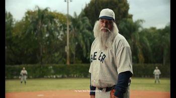Jim Beam Highball TV Spot, 'Cerveza y beísbol' con Bartolo Colón [Spanish] - Thumbnail 5