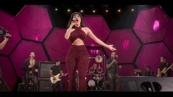 Netflix TV Spot, 'Selena' Song by Selena - Thumbnail 8