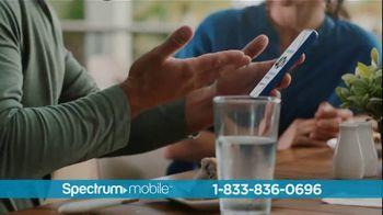 Spectrum Mobile TV Spot, 'Ahorra hasta 40%: plan de datos ilimitados: $45 dólares' con Ozuna [Spanish] - Thumbnail 2