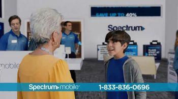 Spectrum Mobile TV Spot, 'Ahorra hasta 40%: plan de datos ilimitados: $45 dólares' con Ozuna [Spanish] - Thumbnail 6