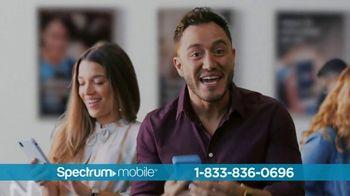 Spectrum Mobile TV Spot, 'Ahorra hasta 40%: plan de datos ilimitados: $45 dólares' con Ozuna [Spanish] - Thumbnail 7