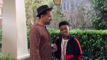 Netflix TV Spot, 'The Upshaws' Song by Naughty By Nature - Thumbnail 7