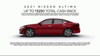 2021 Nissan Altima TV Spot, 'Parking Spot' Song by John Rowcroft, Tarek Modi [T2] - Thumbnail 9