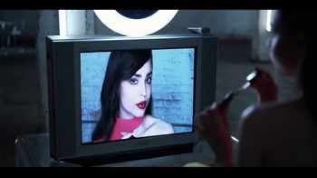 Revlon ColorStay Satin Ink TV Spot, 'Moves With You' Featuring Sofia Carson - Thumbnail 5