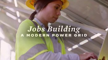 Building Back Together TV Spot, 'Get To Work' - Thumbnail 6