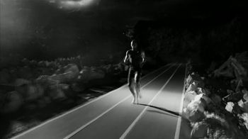 Michelob ULTRA TV Spot, 'Push Yourself to the Limit' Featuring Usain Bolt - Thumbnail 8
