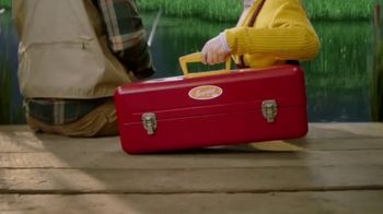Krylon Spray Paint Fusion All-In-One TV Spot, 'Tackle Box' - Thumbnail 7