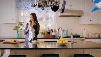 StarKist Premium White Chicken TV Spot, 'In the Kitchen' - Thumbnail 1