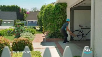 Amazon In-Garage Delivery TV Spot, 'Like Magic' - Thumbnail 4