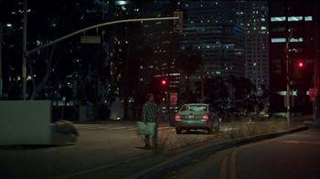 Mattress Firm TV Spot, 'We've Got a Problem, America. A Junk Sleep Problem' Featuring Liev Schreiber - Thumbnail 3