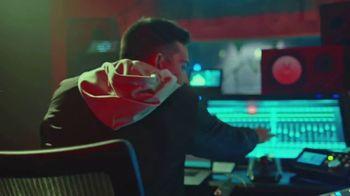 M&M's Classic Mix TV Spot, 'Premios Juventud: productor musical' con DJ Cruz [Spanish] - Thumbnail 4