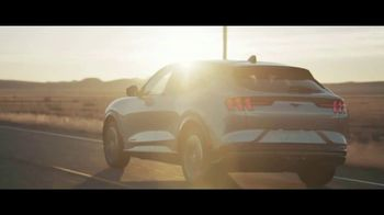 2021 Ford Mustang Mach-E TV Spot, 'New Breed of Electric Vehicle' [T2] - Thumbnail 6