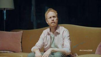 Mattress Firm TV Spot, 'Got the Memory of a Pinecone?' Featuring Liev Schreiber - Thumbnail 4
