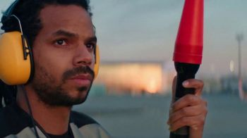 General Electric TV Spot, 'Seeing Flight Differently' - Thumbnail 4