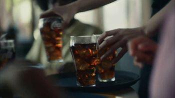 Coca-Cola TV Spot, 'Sabe al fin de una espera' [Spanish] - Thumbnail 6