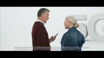 Verizon TV Spot, 'Biggest Upgrade Ever: Up to $800' Featuring Kate McKinnon - Thumbnail 1
