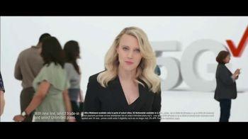 Verizon TV Spot, 'Biggest Upgrade Ever: Up to $800' Featuring Kate McKinnon - Thumbnail 3