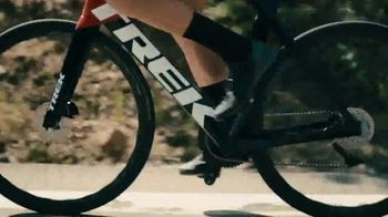 Manscaped The Lawnmower 4.0 TV Spot, 'Official Sponsor of The USA Triathlon' Featuring Kevin McDowell - Thumbnail 8