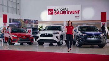 Toyota National Sales Event TV Spot, 'Spotlight' [T1]