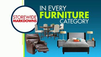 Rooms to Go 3 Day Warehouse Sale TV Spot, 'Seffner Warehouse: Storewide Markdowns' - Thumbnail 6