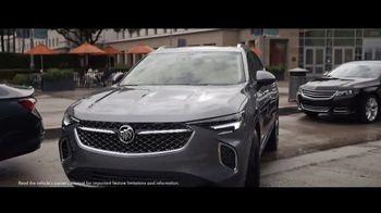 2021 Buick Envision TV Spot, 'Quadruple Take: Blind Spots' Song by Matt and Kim [T2] - Thumbnail 6