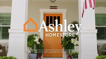 Ashley HomeStore Memorial Day Sale Extended TV Spot, '0%, Cloud Pillows and Mastercard' - Thumbnail 9