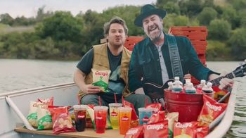 Casey's General Store Summer of Freedom Sweepstakes TV Spot, 'Fishing' - Thumbnail 7
