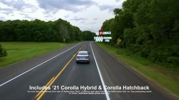 Toyota Run the Numbers Summer Getaway TV Spot, 'Competition: Sedans' [T2] - Thumbnail 7