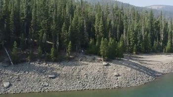 Yellowstone Country TV Spot, 'Hit Refresh With A Little Fresh Air' - Thumbnail 7