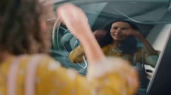 Toyota TV Spot, 'Words of Encouragement' Song by Sia [T1] - Thumbnail 7
