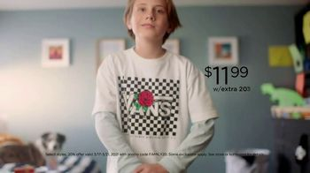 Kohl's Friends + Family Savings TV Spot, 'Cool, Comfortable Styles: 20% and Kohl's Cash ' Song by Oh, Hush! - Thumbnail 2