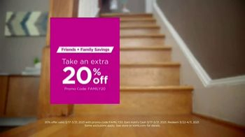 Kohl's Friends + Family Savings TV Spot, 'Cool, Comfortable Styles: 20% and Kohl's Cash ' Song by Oh, Hush! - Thumbnail 7