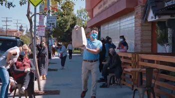 Honda Dream Garage Spring Event TV Spot, 'Random Acts of Helpfulness: Restaurant' [T2] - Thumbnail 3