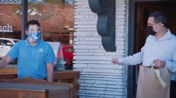 Honda Dream Garage Spring Event TV Spot, 'Random Acts of Helpfulness: Restaurant' [T2] - Thumbnail 5