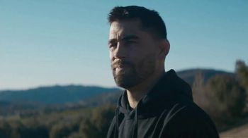 Toyo Tires TV Spot, 'UFC Hot Tub' Featuring Dominick Cruz, Forrest Griffin - Thumbnail 8